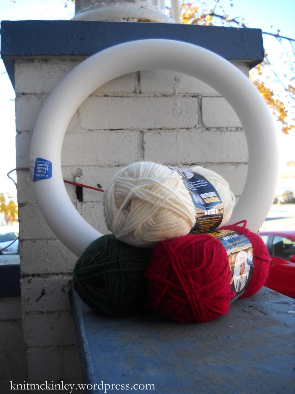 The yarn and wreath frame.